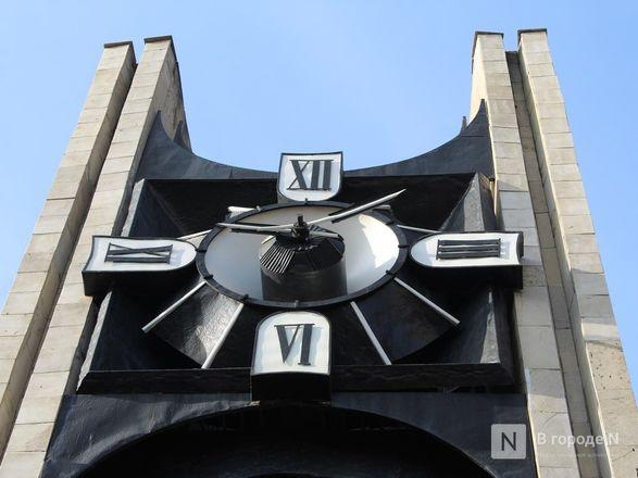 Хранители времени: самые необычные уличные часы Нижнего Новгорода - фото 16