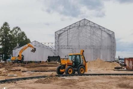 Установка амфитеатров ведется на Стрелке в Нижнем Новгороде