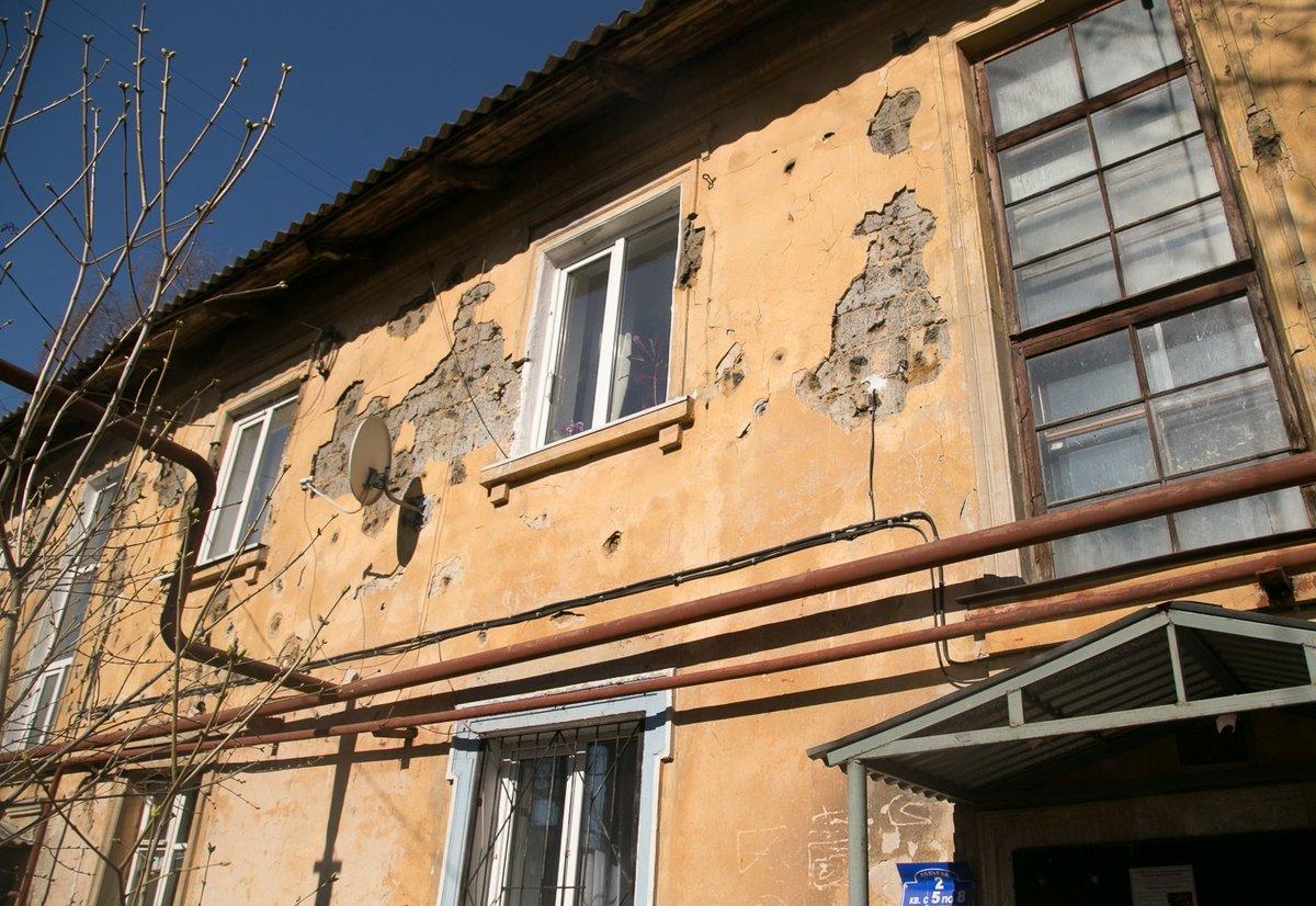 Ожидающим расселения нижегородцам улучшат условия жизни в старых домах - фото 1