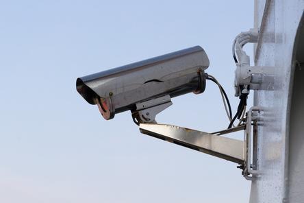 «Улыбнитесь, вас снимают!»: сколько уличных камер наблюдают за жителями Нижнего Новгорода