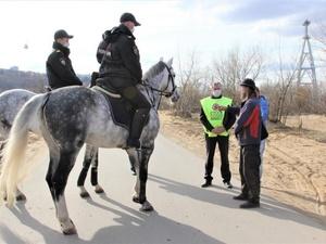 Конные патрули включились в борьбу с нарушителями самоизоляции в Нижегородской области