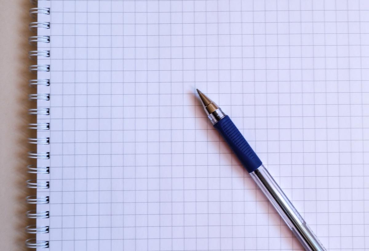 Почему российским школьникам нельзя писать черной ручкой - фото 1