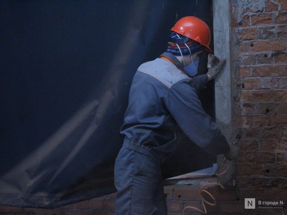 Инъекция для стен: как идет реставрация фасада нижегородской фабрики «Маяк» - фото 21