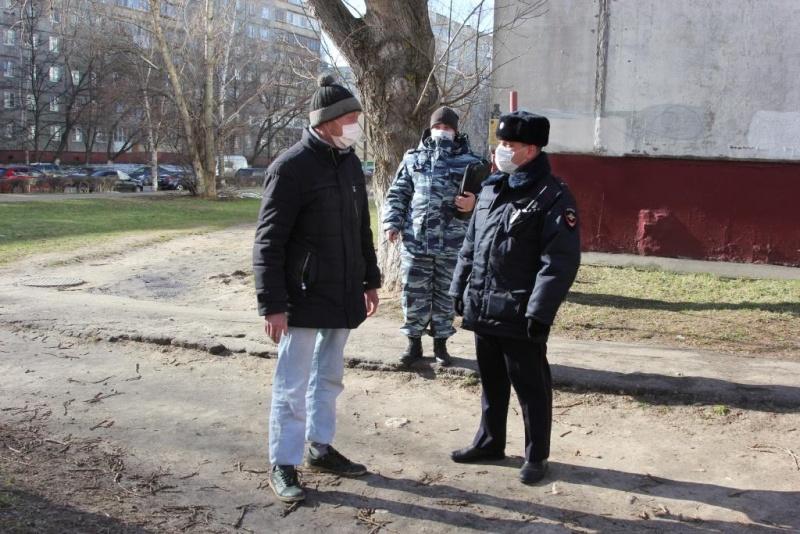 Нижегородские полицейские увеличили количество патрулей для контроля за самоизоляцией граждан