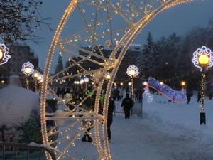 Около 7000 человек посетили новогодний городок на площади Горького в выходные