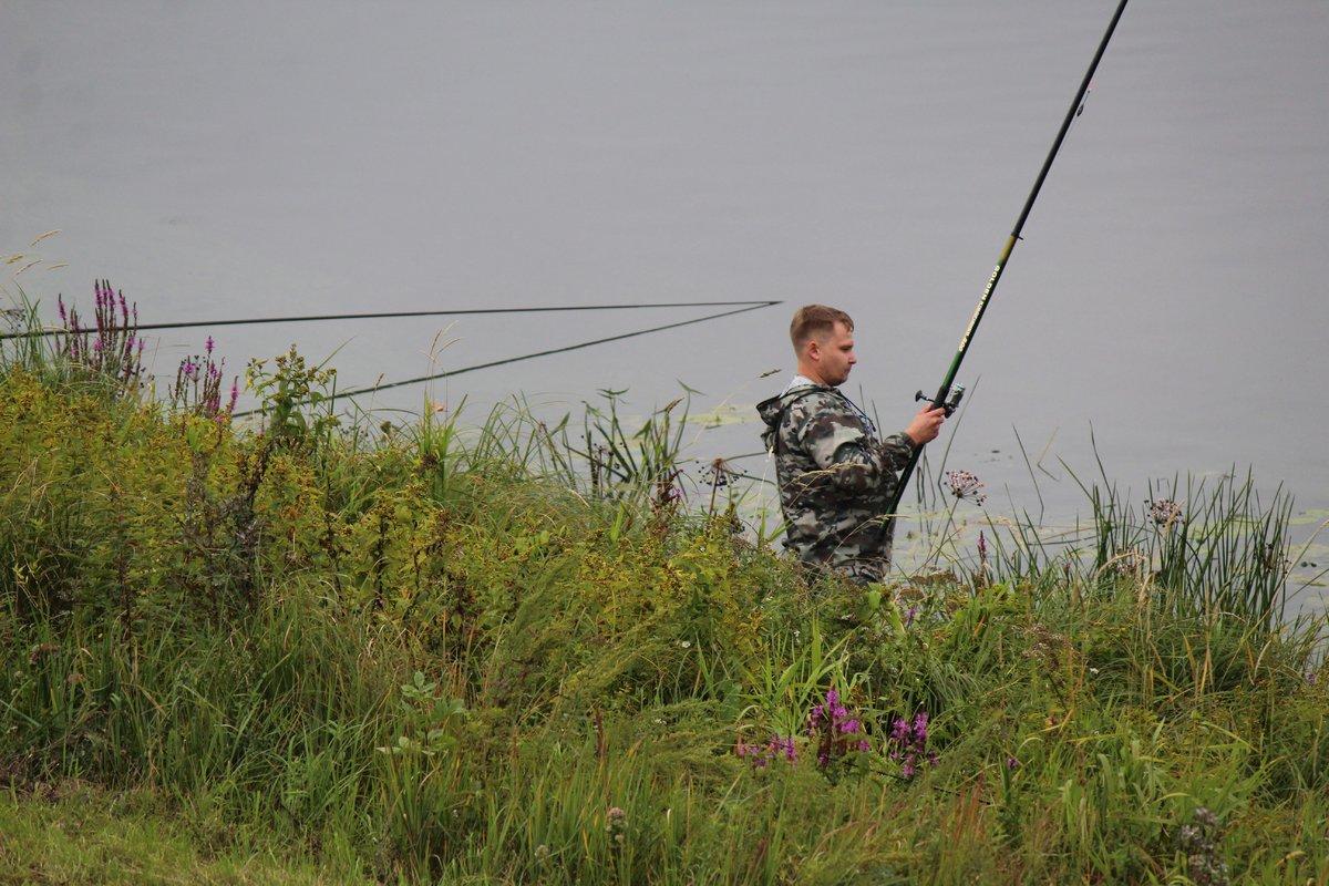 Три вида ухи и лодка в подарок: в Нижнем Новгороде стартовал фестиваль рыбалки - фото 1