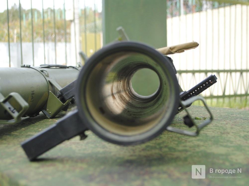 «Оценка огнеметчикам — «пять». Как нижегородские росгвардейцы учатся стрелять из «Шмеля» - фото 2