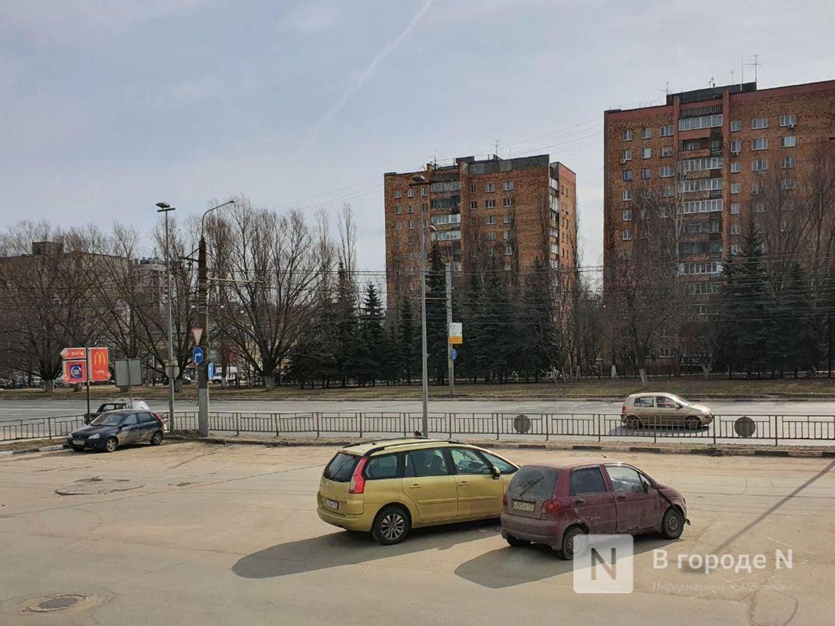 (Не)многолюдно: что происходило в Нижнем Новгороде в первый день путинских «выходных» - фото 3