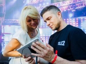 Tele2 выяснила, что больше смотрят и читают пользователи