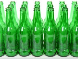 Россияне смогут снова сдавать пустые бутылки в магазины