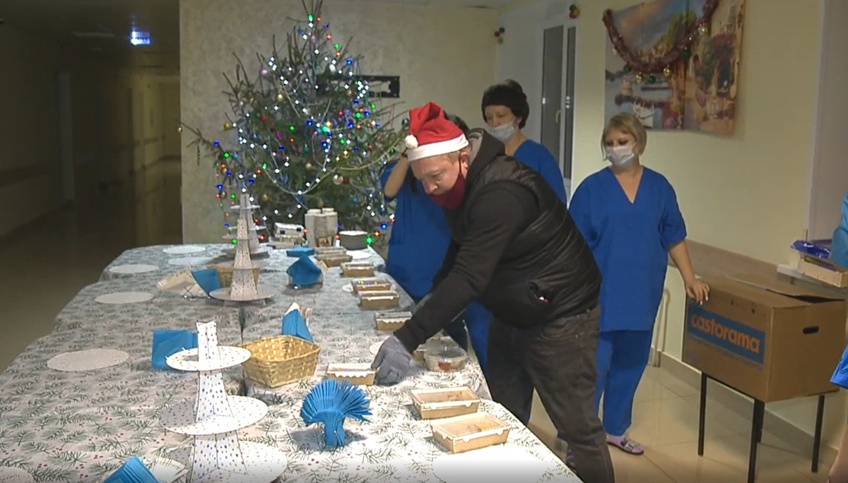 Нижегородские рестораторы угостили праздничным ужином около 3 000 врачей - фото 1